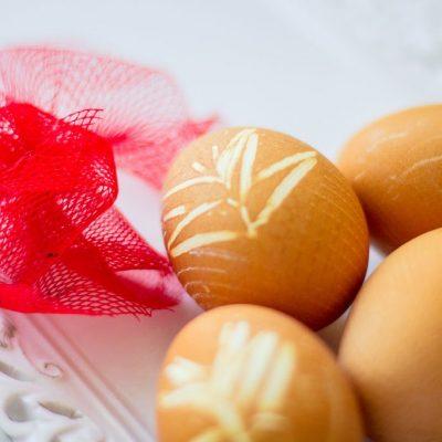Küchen-Miezen · Back- & Foodblog · Tutorial / Anleitung: Ostereier natürlich färben