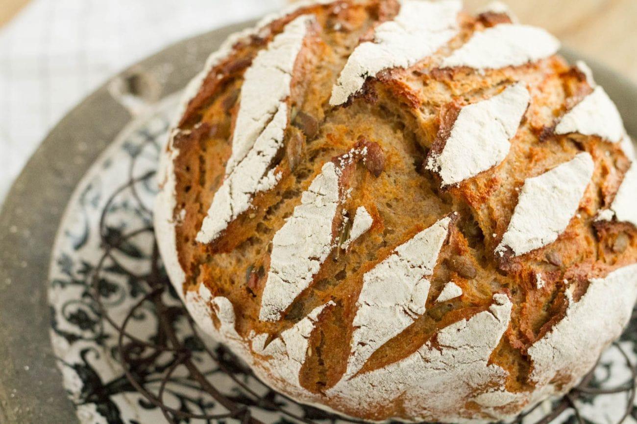 Kürbiskern-Dinkel-Brot