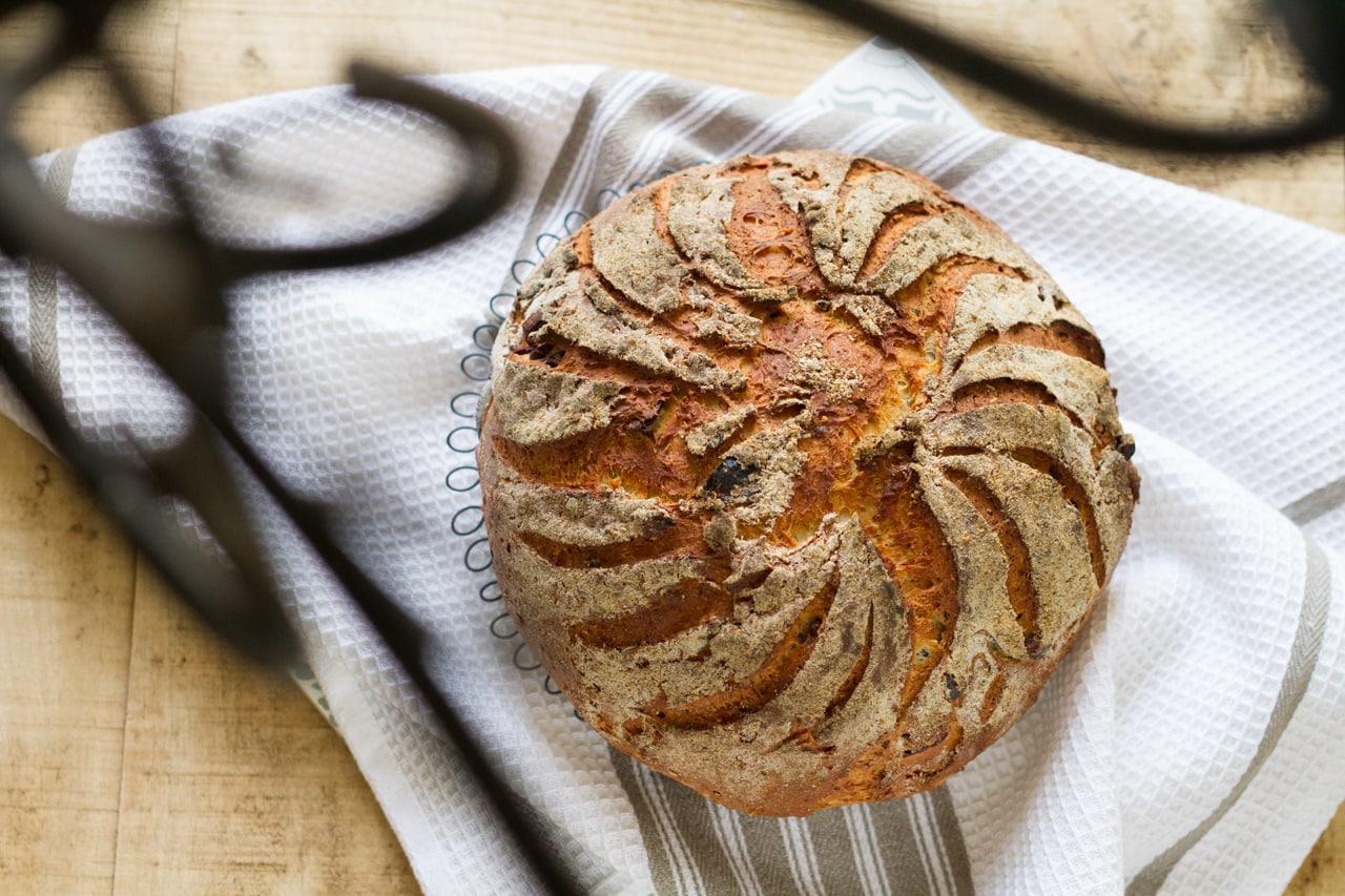 Mediterranes Buttermilch-Brot