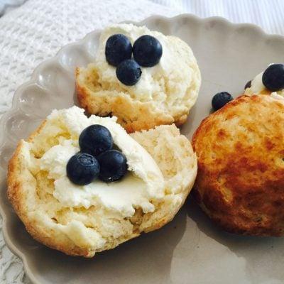 Küchen-Miezen · Back- & Foodblog · Rezept · Buttermilch-Scones