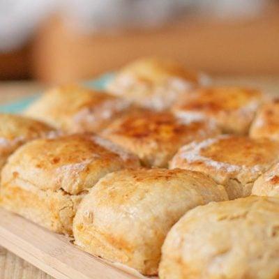 Küchen-Miezen · Back- & Foodblog · Rezept · Apfelscones · Apfel Scones