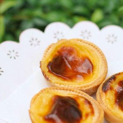 Küchen-Miezen · Back- & Foodblog · Rezept · Pasteis de Nata · Portugiesische Vanilletörtchen · Portuguese Custard Tarts
