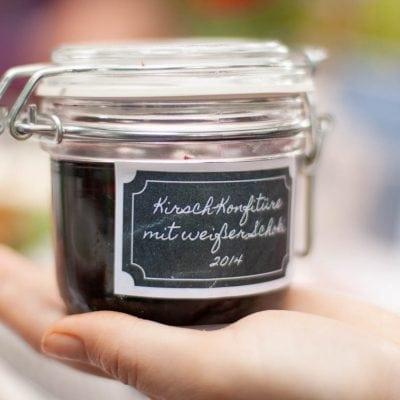 Küchen-Miezen · Back- & Foodblog · Rezept · Kirsch-Konfitüre mit weißer Schoki