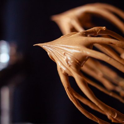 Küchen-Miezen · Back- & Foodblog · Rezept · Schoko-Karamell-Creme als Tortenfüllung