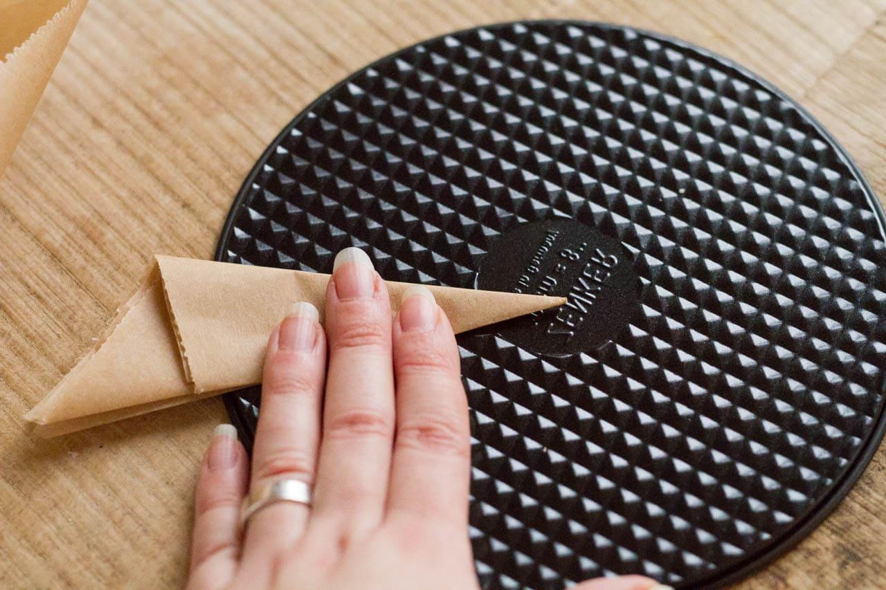 Tipp Trick Flache Backform Mit Backpapier Verlangern Kuchen