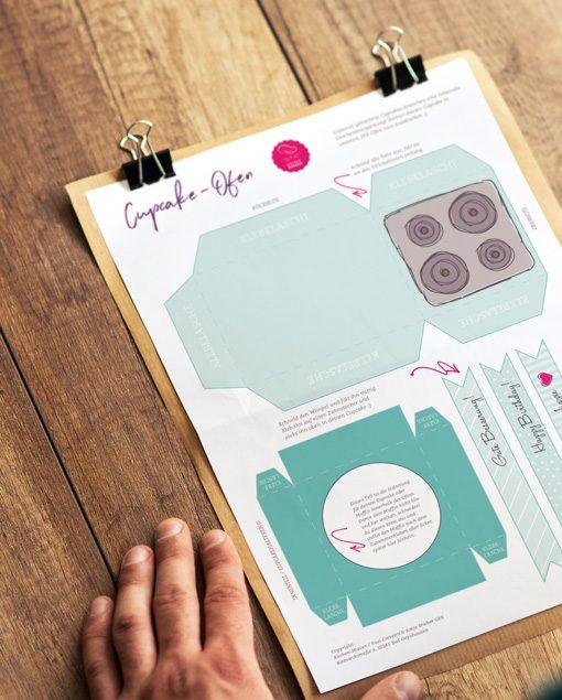 Küchen-Miezen · Back- & Foodblog · Bastelvorlage Cupcake-Ofen hellgrün