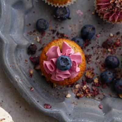 Küchen-Miezen · Back- & Foodblog · Rezept · Heidelbeer Mini-Cupcakes