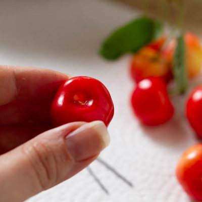 Küchen-Miezen · Back- & Foodblog · Tutorial · Lifehack · Kirsch entkernen leicht gemacht · Trick