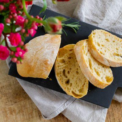 Küchen-Miezen · Back- & Foodblog · Rezept: Einfachstes und leckerstes Ciabatta der Welt